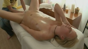 Sexy Eastern delights stud with vocalized stimulation previous to humping