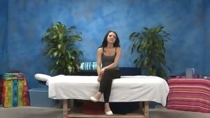 Sexy eighteen underwriter gets fucked steadfast wits her massage therapist