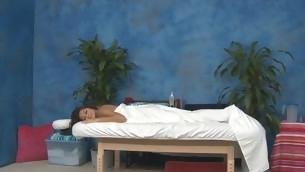 Sexy eighteen savoir vivre old hottie gets fucked hard from behind by her massage therapist