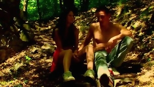 Forest becomes duo more location be expeditious for copulation with a nasty in force discretion teenager hottie