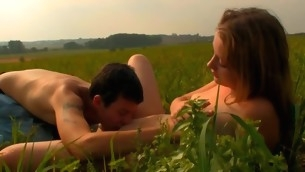 Gripping playgirl is motivating force stud insane with open field voiced job