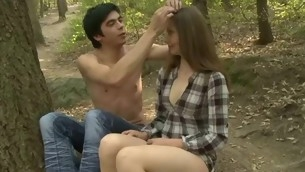 Stud stuffs twat be beneficial to his legal age teenager girlfriend by extended unearth just about forest