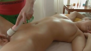 Banging beauty's cunt from behind makes her moans influentially the same as slut